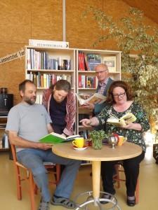 Lammertzhof Bücherschrank Eröffnung